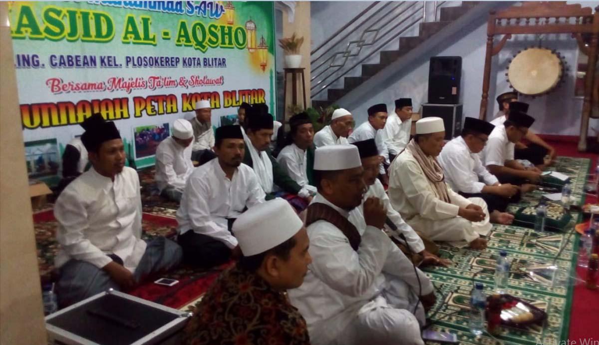 Pesan Penting Isra' dan Mi'raj di Masjid Al-Aqso Cabean Kota Blitar