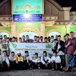 Puluhan Santri Ponpes Al Muhsin Ziarahi Makam Pahlawan Nasional di Jombang